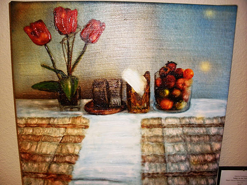 Tulips_on_the_Table