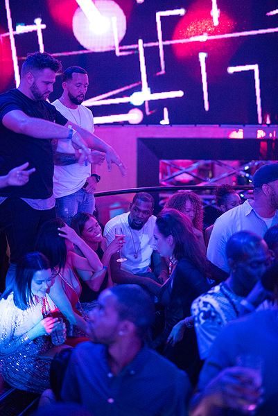 Kevin Durant Attends Rae Sremmurds Drais LIVE Performance at Drais Nightclub Las Vegas 6.17.17 3