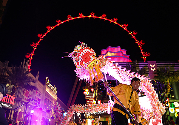 Chinese New Year 2018 The LINQ Promenade Dragon Dance