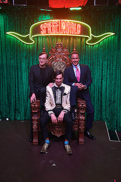 Ross Mollison The Gazillionaire Caesars Entertianment CEO Mark Frissora at ABISNTHE Las Vegas 5.7.18 credit Powers Imagery1