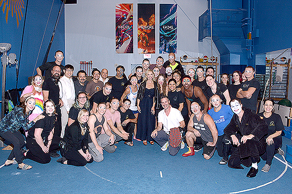 Sarah Michelle Gellar with the cast of O by Cirque du Soleil Sept. 21