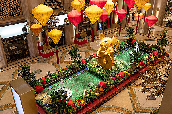An 18 foot tall golden rodent is featured in the waterfall atrium of The Venetian Resort Las Vegas