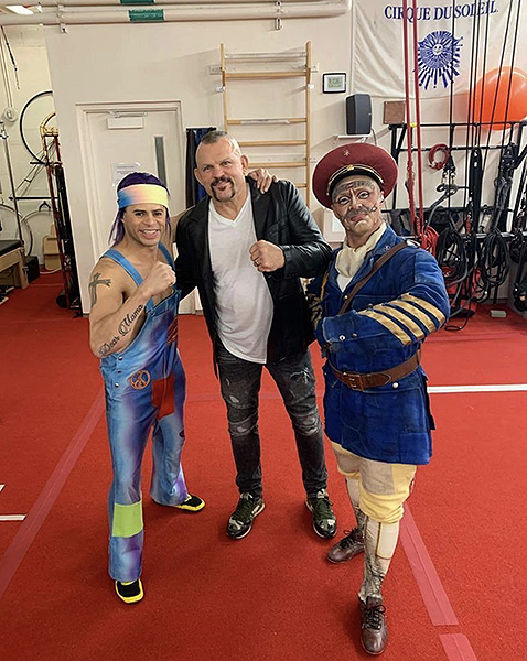 Chuck Liddell Poses with the Characters of LOVE by Cirque du Soleil Jan. 17 2020