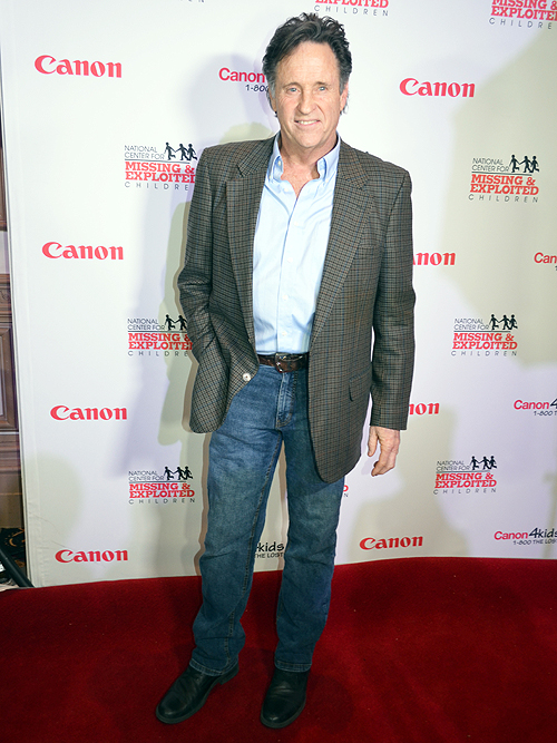 Robert Hays Canon Customer Appreciation Benefit For The National Center For Missing And Exploited Children 2014 30336