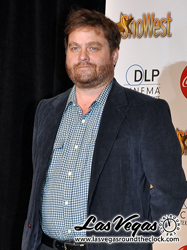 2010_ShoWest_Zach_Galifianakis_027