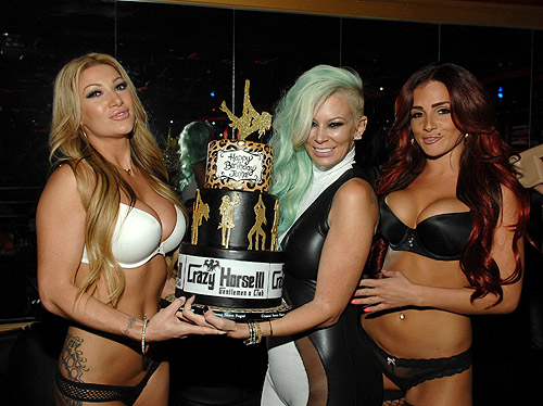 Jenna Jameson with cake