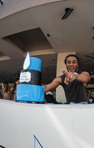 Sunnery James Birthday Cake WET REPUBLIC