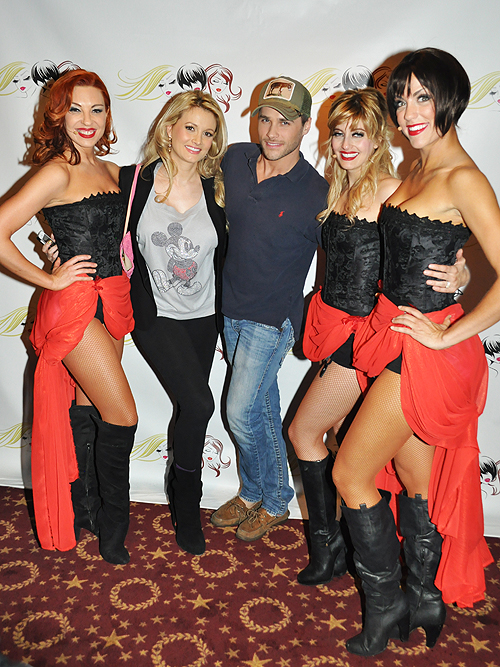 Tara Palsha Holly Madison Josh Strickland Anne Martinez Savanah Smith A Blonde A Brunette And A Redhead Boulevard Theater 22101