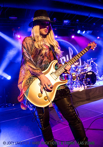 4.25.13 Orianthi at Vinyl in Hard Rock Hotel Casino credit Joey Ungerer
