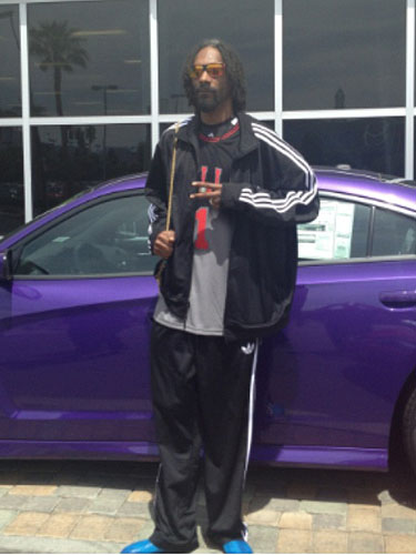 Snoop Lion at Towbin dealership