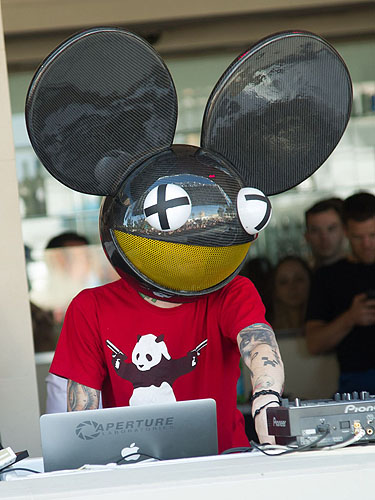 deadmau5 WET REPUBLIC Grand Opening Weekend 2