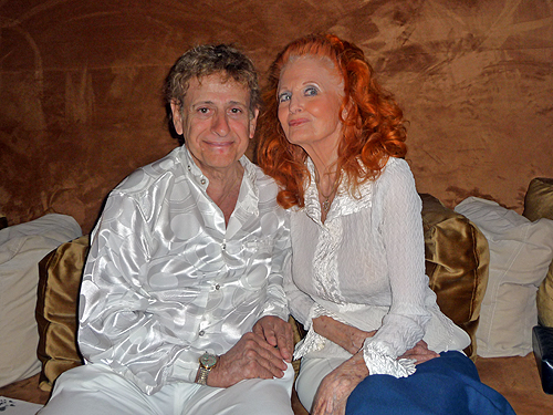 Do_Wopp_Hall_of_Fame_producer_Harvey_Robbins_and_legendary_Burlesque_dancer_Tempest_Storm_5-1-2010_1-29-35_AM_3456x2592