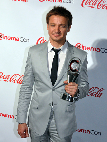 CinemaCon_2012_Jeremy_Renner_2