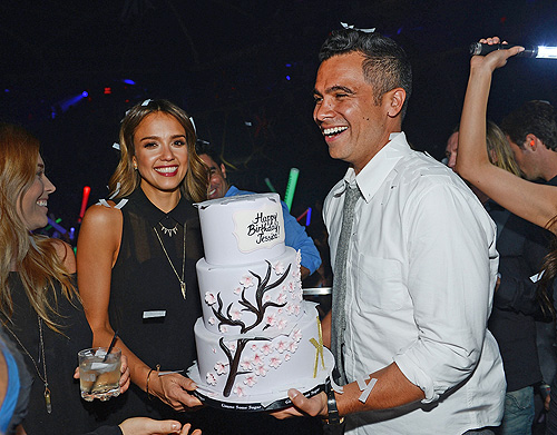 Jessica Alba and Cash Warren  Birthday Cake  Hakkasan Las Vegas Nightclub