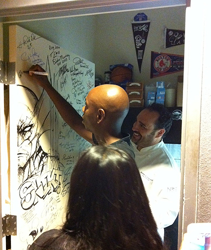 Dave_Chappelle_with_Chef_Barry_sighing_N9NEs_shake_down_door_6.27.12