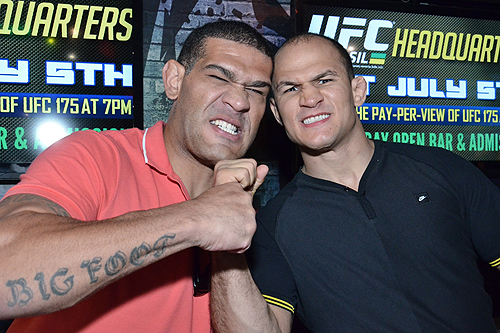 Renan Barao and Junior dos Santos at Rockhouse