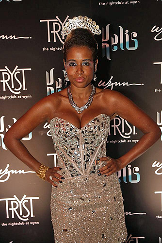 Tryst_-_Kelis_-_red_carpet_-_7.27.12