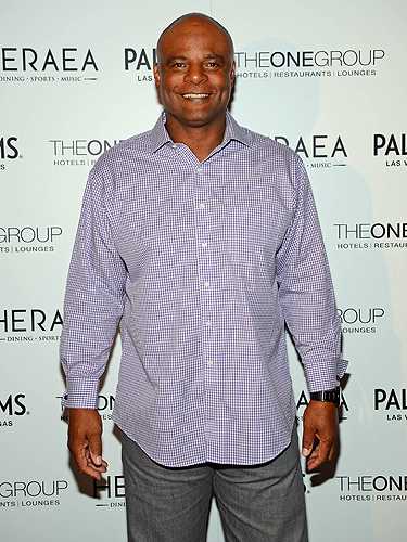 Warren Moon at HERAEA