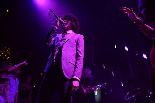 LP makes her debut at The Sayers Club Powers Imagery