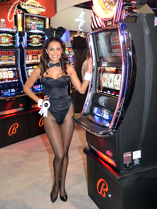 Playboy 2013 Playmate of the Year Raquel Pomplun G2E 2014 60123