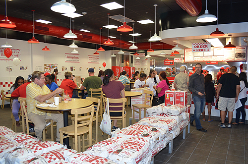 Five Guys is a chain, and what they do, they have down pat. The only real blips are the occasional bad employee or the miscommunication that frequently occurs 4/4().