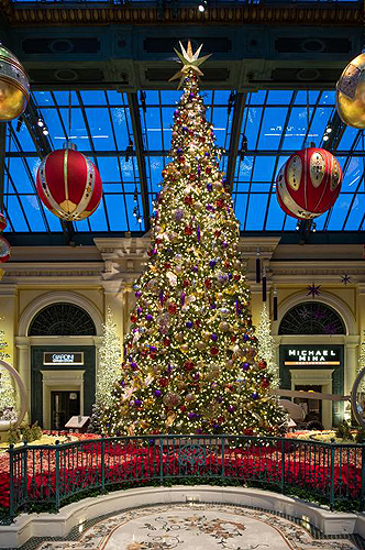 Bellagio Conservatory HolidayTree low