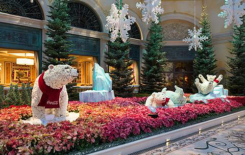 Bellagio Conservatory PolarBears3 low