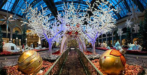 Bellagio Conservatory SnowTunnel low