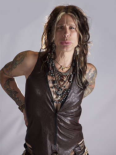 Chris VanDahl as Steven Tyler Courtesy of Legends in Concert