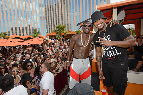 Kevin Hart Neyo at TAO Beach HartBeat Weekend 6